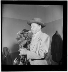800px-Illinois_Jacquet,_New_York,_N.Y.,_ca._May_1947_(William_P._Gottlieb_12581)